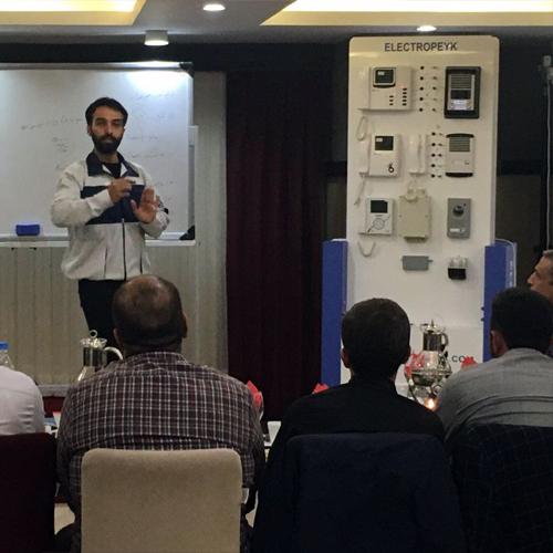 سمینار آموزشی نمایندگان استان قزوین